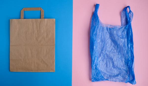 Bolsa papel o bolsa plástico
