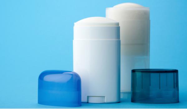 Desodorantes con plastico